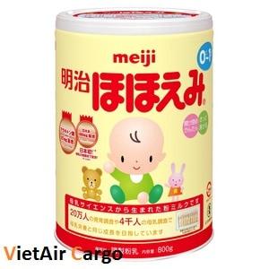 sua-meiji-nhat-ban Trẻ sơ sinh uống sữa gì để tăng cân?