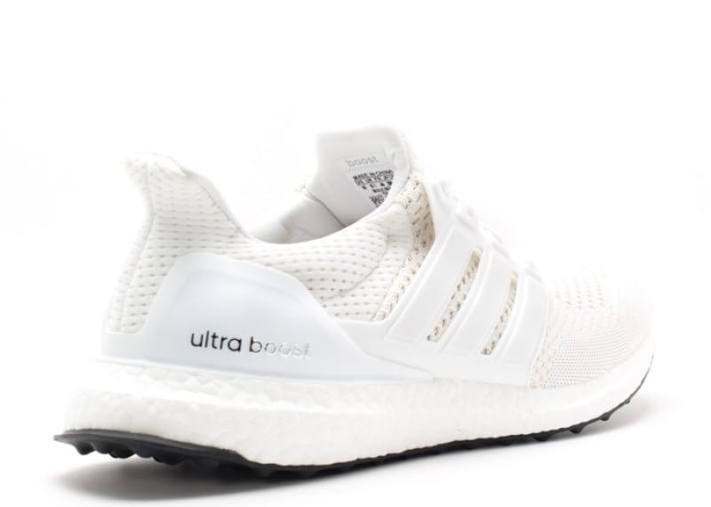 giay-adidas-ultra-boost-m-white-white-201112_3 Ba mẫu giày Sneaker Adidas dự kiến tiếp tục hot trong năm 2017
