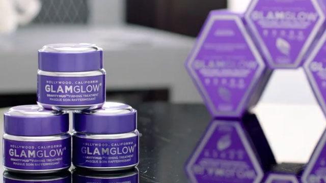 mat-na-GLAMGLOW-GRAVITYMUD-Firming-Treatment Những sản phẩm dưỡng ẩm da mặt cực hot bạn không thể bỏ qua hè 2017 này