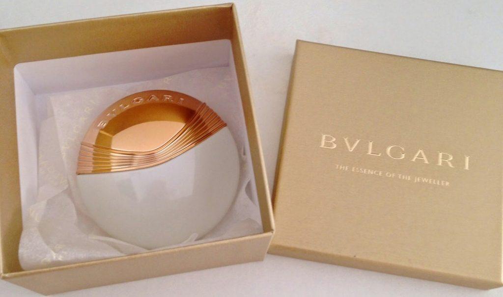 gia-nuoc-hoa-Bvlgari-1024x604 Cách chọn nước hoa Bvlgari trong các mùa khác nhau