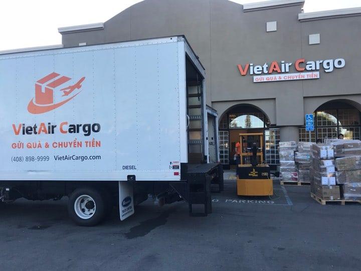 vietair-cargo-chuyen-phat-nhanh-di-my-gia-re Những lưu ý và lợi ích khi chuyển phát nhanh đi Mỹ giá rẻ