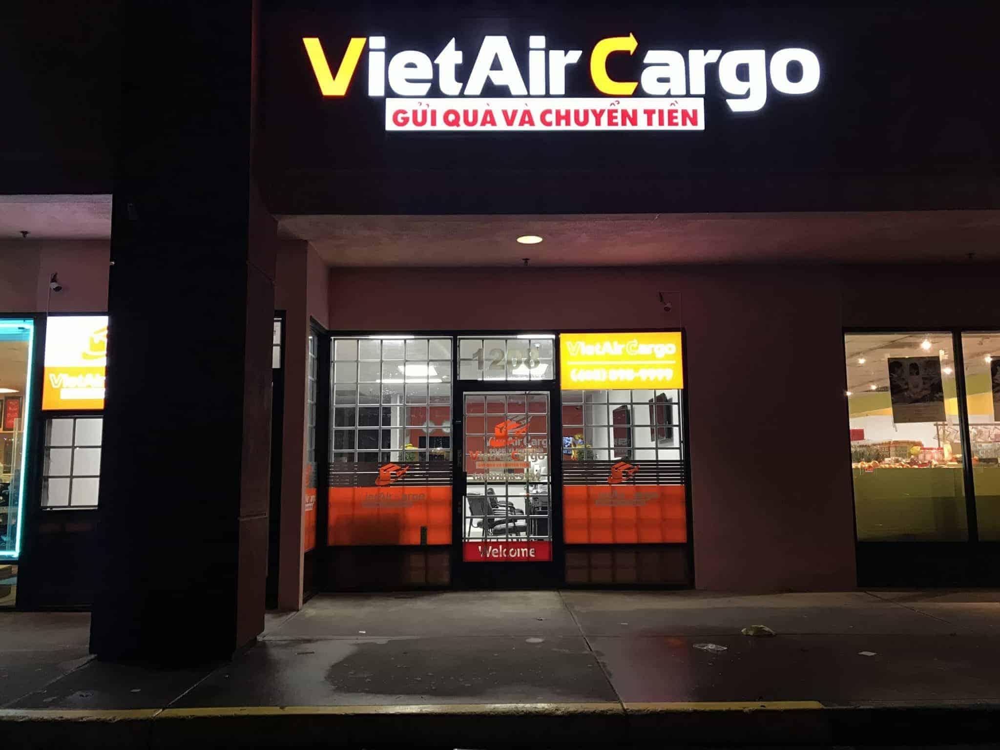 1543978867 Dịch vụ vận chuyển VietAir Cargo